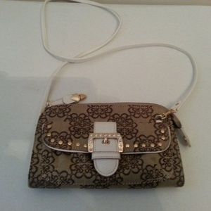 "Kathy Van Zeeland brown & white purse - 5"" x 8"""